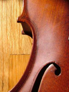Violin DuBoix morguefile.com